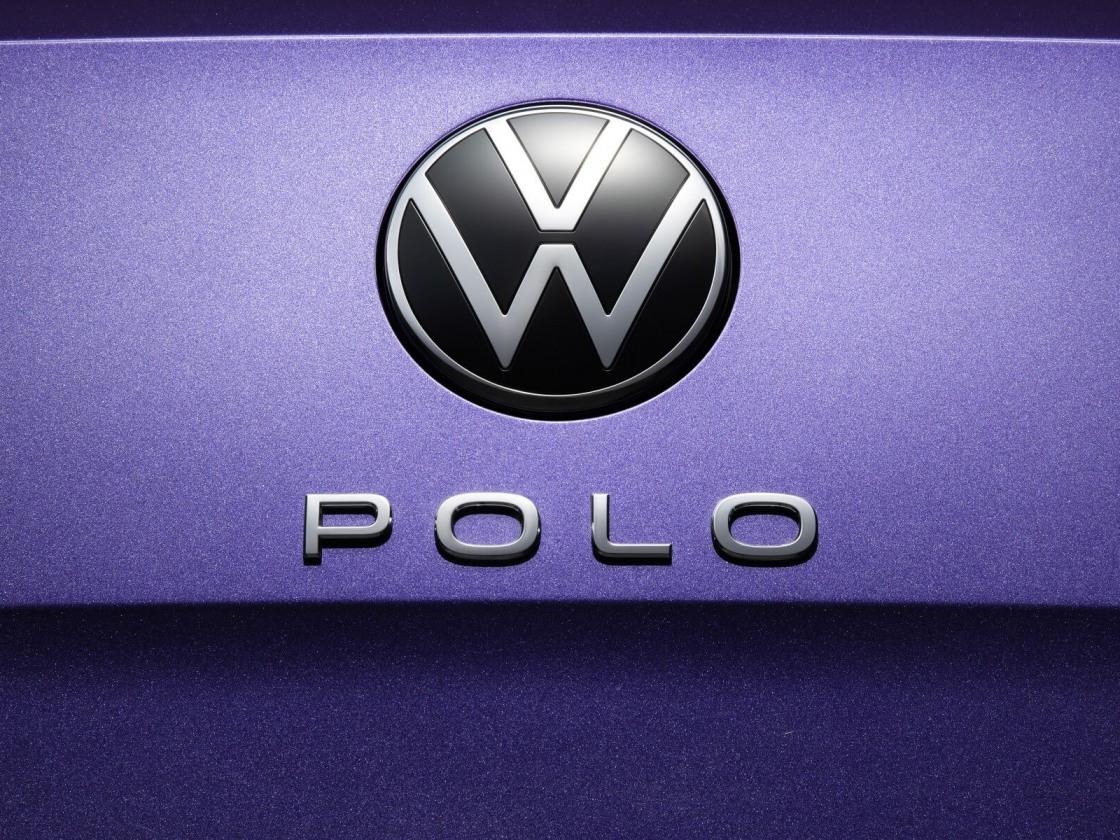 2104-volkswagen-polo-023.jpg