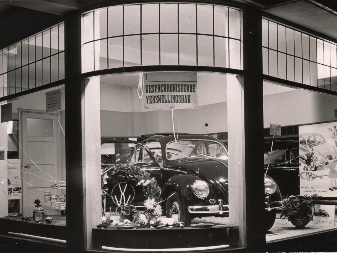 foto 06 Schuitendiep 10-1952 intro overgangsbril