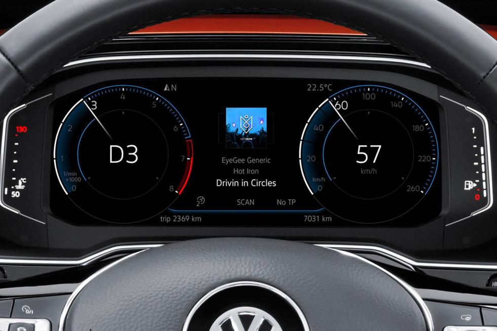 201908-Volkswagen-Polo-08.jpg