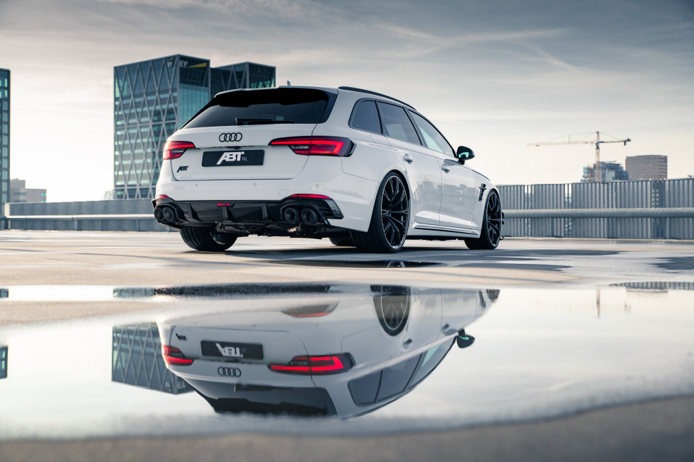 ABT RS4-R 11