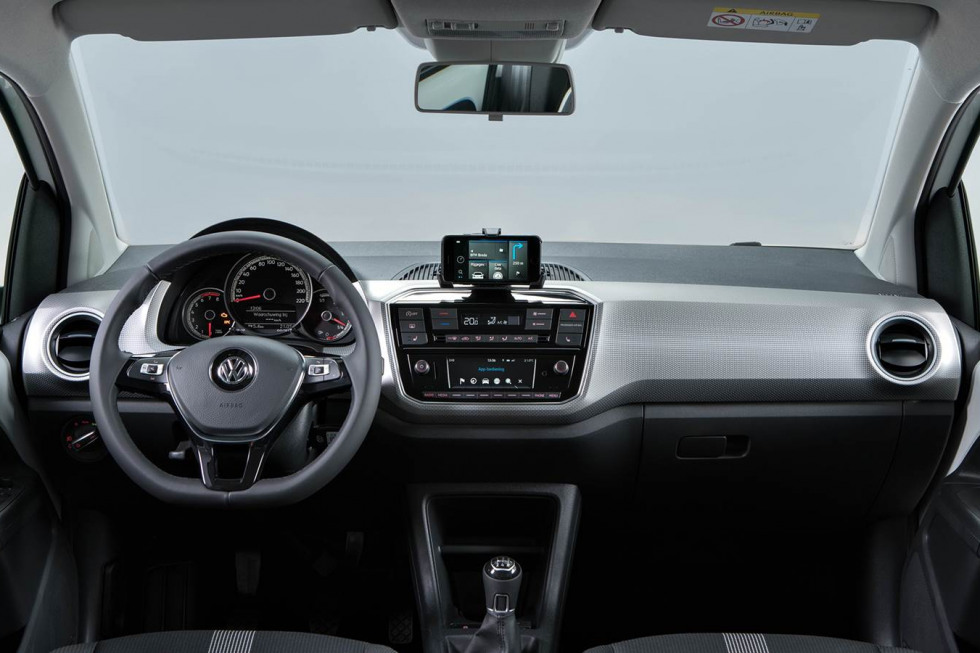 201908-Volkswagen-Up-04.jpg