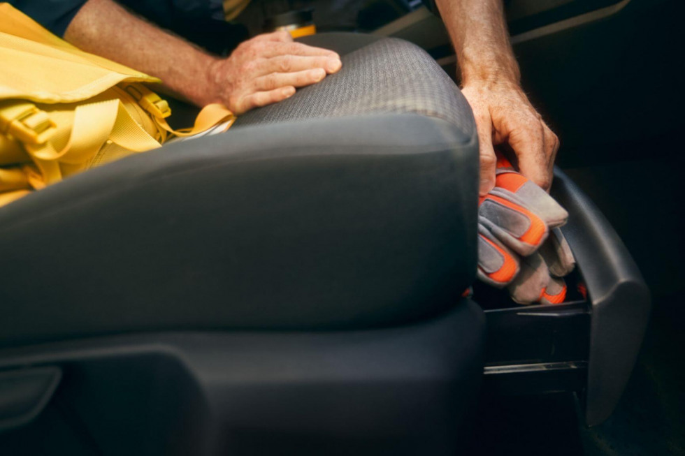 2012-vw-bedrijfswagens-caddy-cargo-016.jpeg